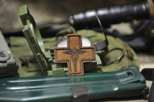 Шеврон Мед крест