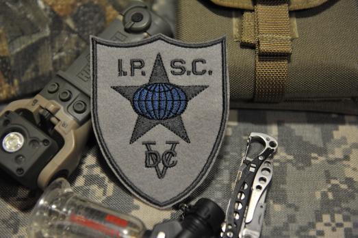 шеврон IPSC