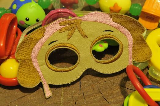 Маска маскарадная детская