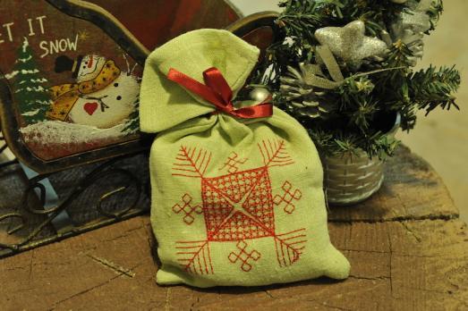 Мешочек для подарков льняной