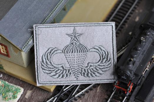 """Шеврон """"Инструктор парашютист"""""""